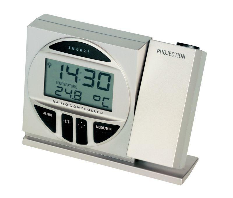 Rádiem řízené hodiny s projektorem a teploměrem TFA 98.1009